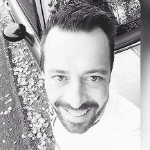 Romain Emonet, moniteur de conduite Au Loft à Sion