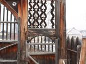 Kászoni székely kapu (11).JPG