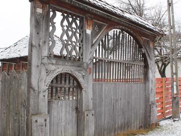 Kászoni székely kapu (3).JPG