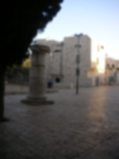 Колонна в Еврейском квартале