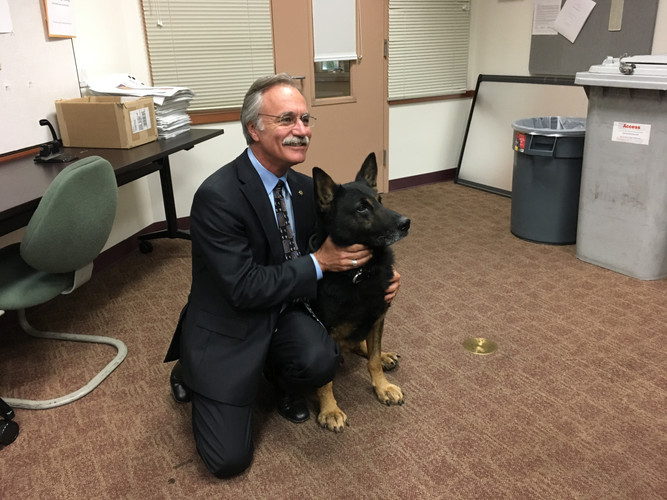 K9 Fin with the Mayor of Livermore