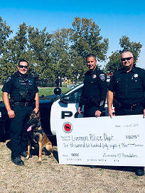 LK9F Presenting the donation for K9 Dax!