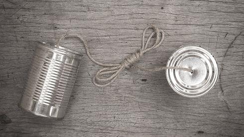 Speech transmitting tin can telephone