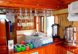 7-estrella-del-mar-yacht-galapagos-cruises-on-line