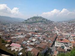 Panoramica-del-Centro-Historico-de-Quito