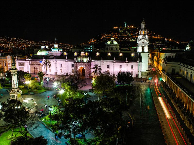 ANDES-PICHINCHA-QUITO-TURISTAS397