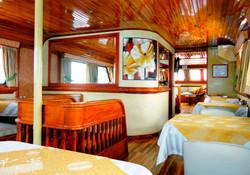 9-estrella-del-mar-yacht-galapagos-cruises-on-line