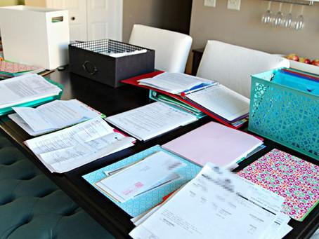 It's the Little Things: Challenge 22- De-clutter Your Desk
