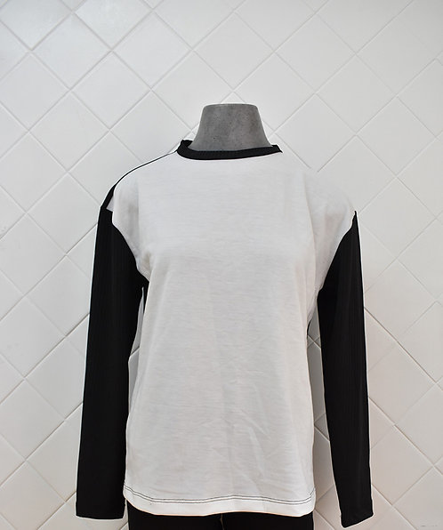 Blusa Manga Longa Branco e Preto