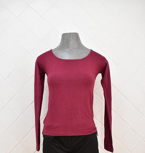 Camiseta Feminina Manga Longa Vinho