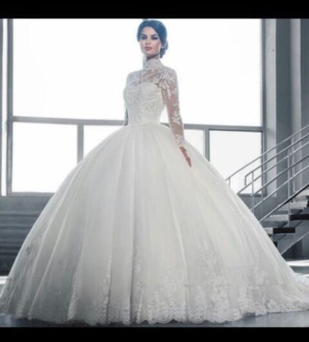 Turtle Neck Long Sleeve Bridal Gown A Line Lace Muslim Wedding Dresses