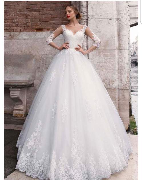 Charming Lace Bridal Gown 3 4 Sleeves A Line Wedding Dresses Md439