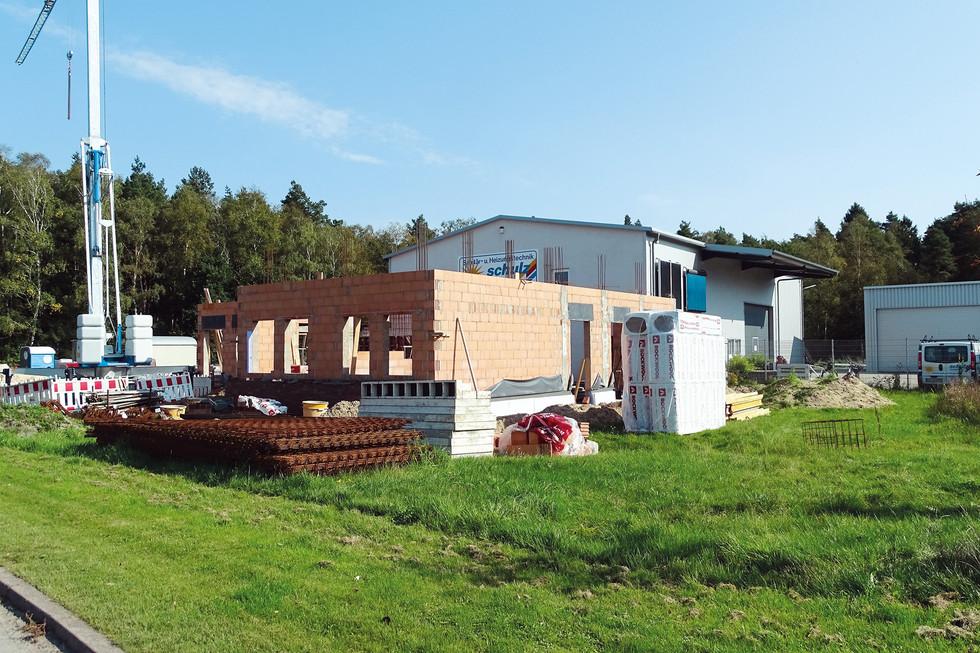 Anbau Bürogebäude (1).JPG