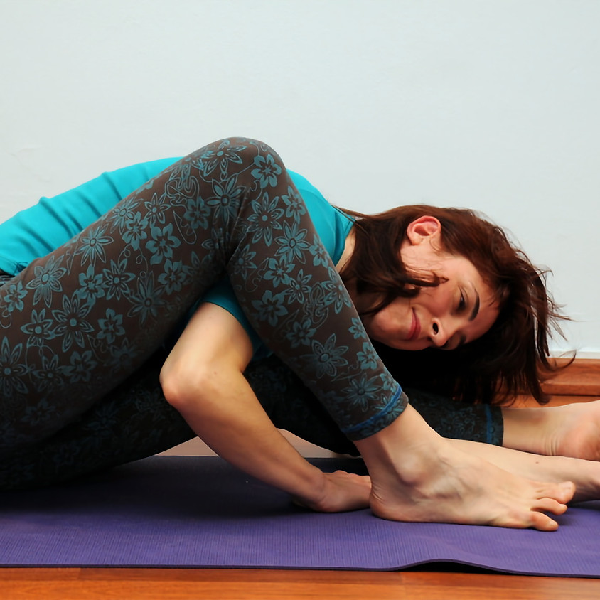 Scaravelli inspired yoga Online with Alexandra Sotiropoulou