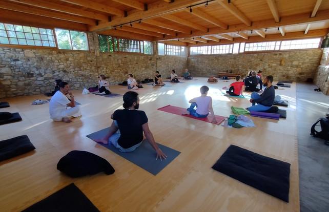 Santosha Yoga & Zen Retreat