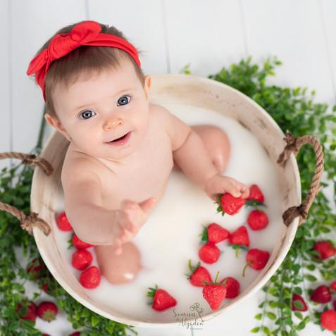 fotos bebes baby milk bath