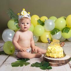 smash cake tarta y globos bebe