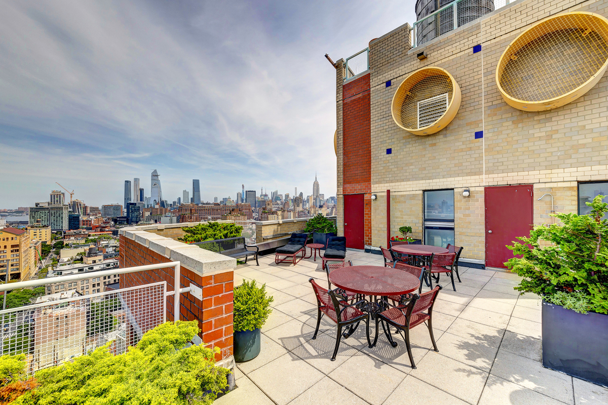 140Charles_7E_8-5-19_roofdeck  revised F