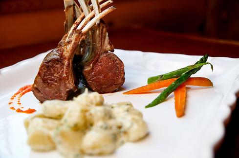 O'Neill's-Bar-&-Grill---Rack-of-Lamb.jpg