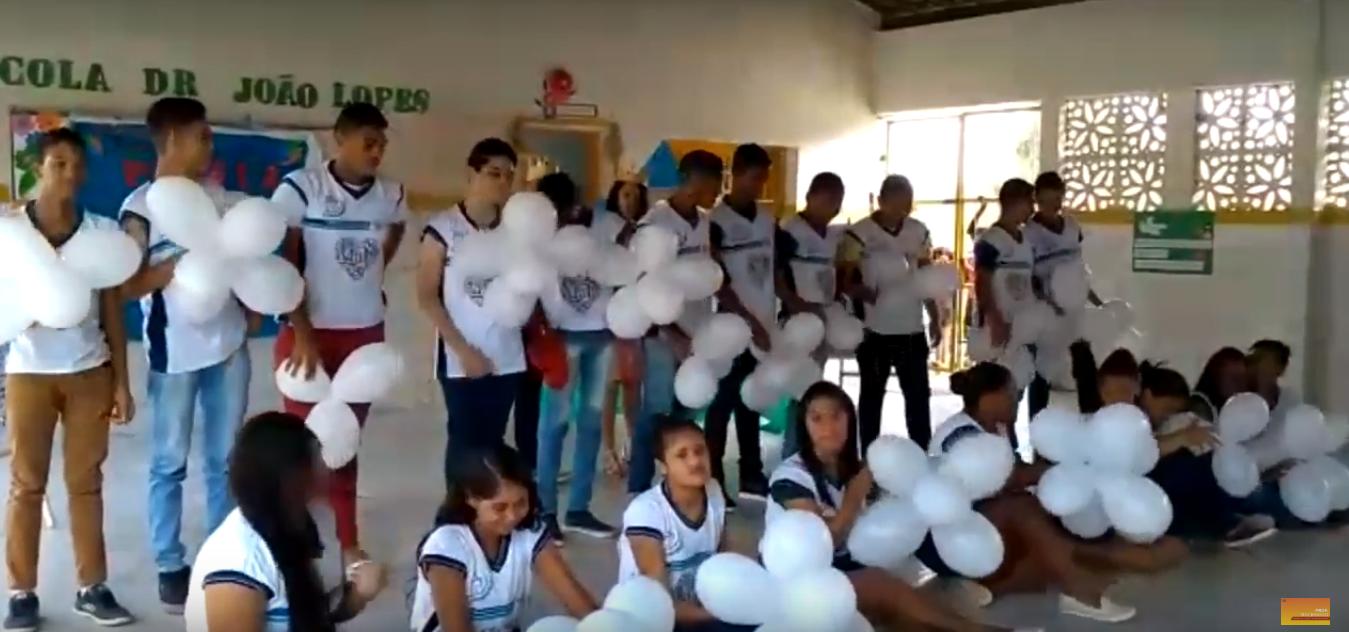 Liga Pela Paz - Escola Dr João Lopes