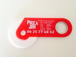 Couteaux à pizza rouges