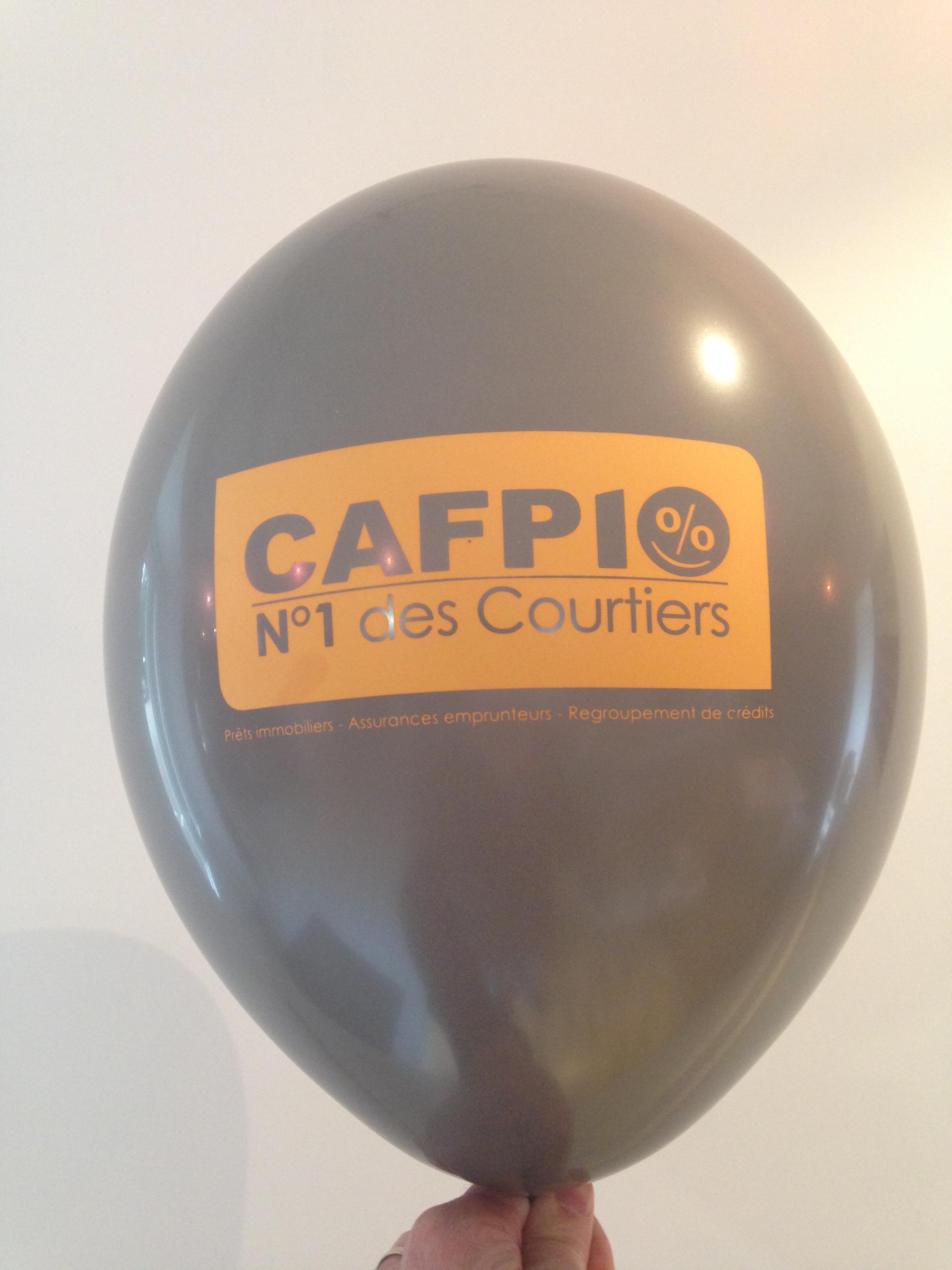 Ballon de baudruche couleur piegeon