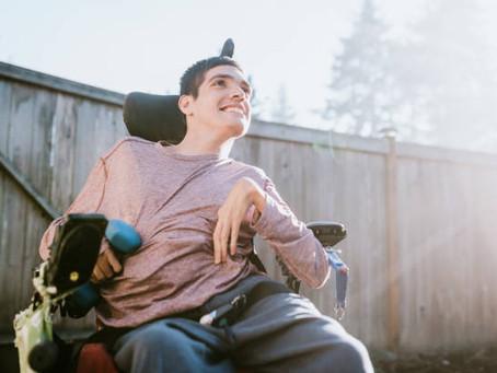 Instruments de musique adaptés pour personnes lourdement handicapées