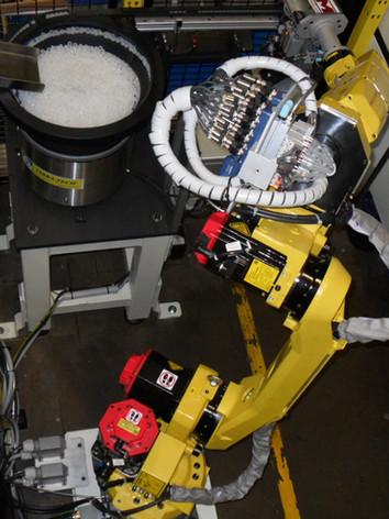 Robot de préhension 8 roulettes.jpg