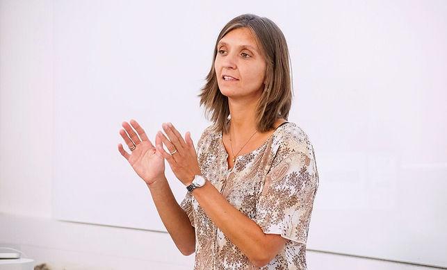 Veronica Morino teaching_redigert.jpg