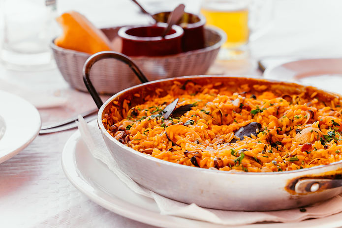spanish-seafood-paella-with-mussels-shri