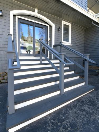 Wrap Around Handrail_Sm_8506020.jpg
