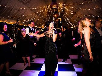 Fabulous Singer at Wedding