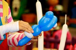 magic balloon in Balloon Artists's hand