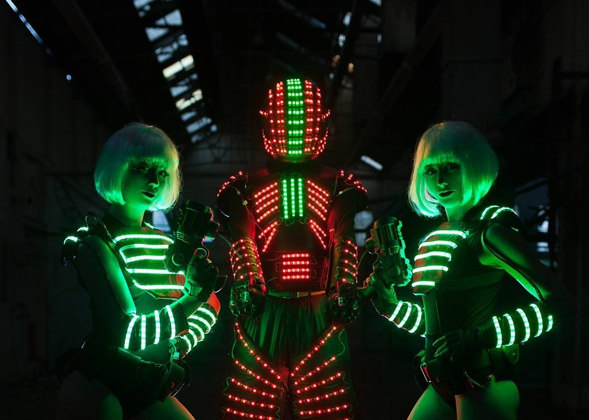 LED Futuristic Stiltwalkers