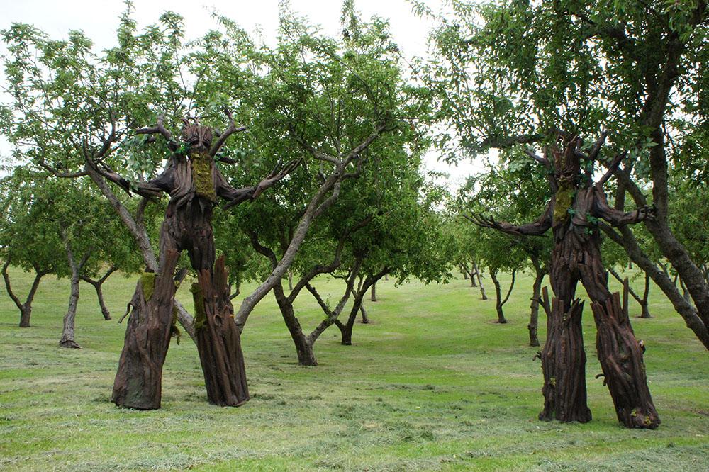 tree stilt costumes