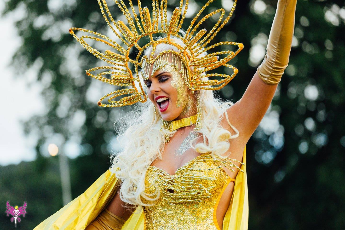 Glitzy Gold Stiltwalker