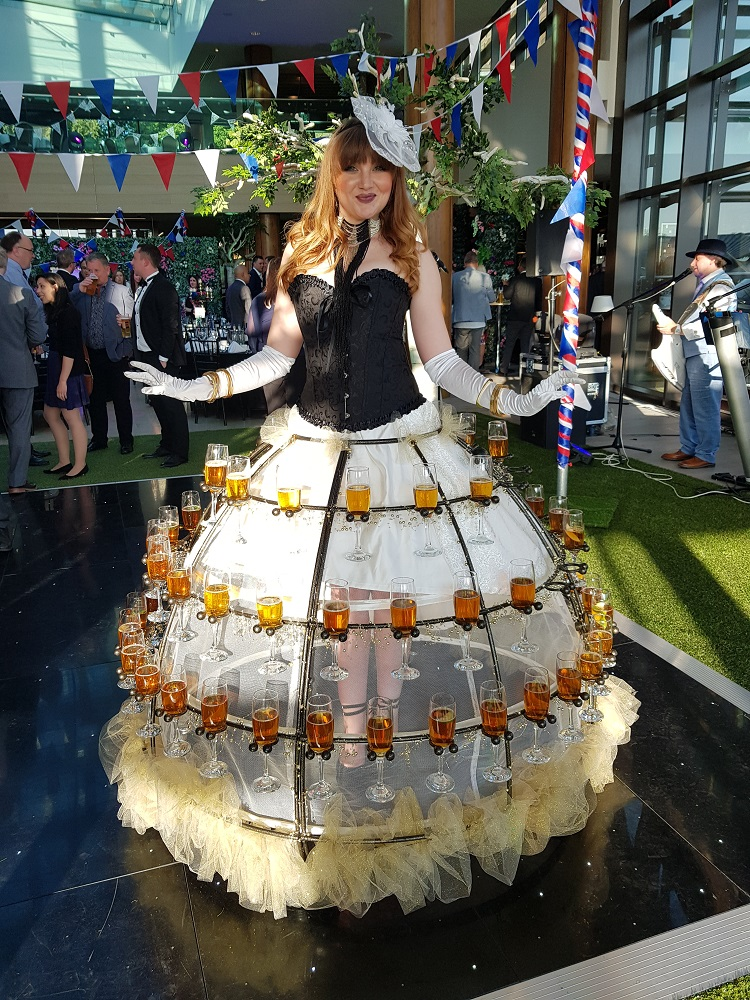 Ladies day champagne skirt