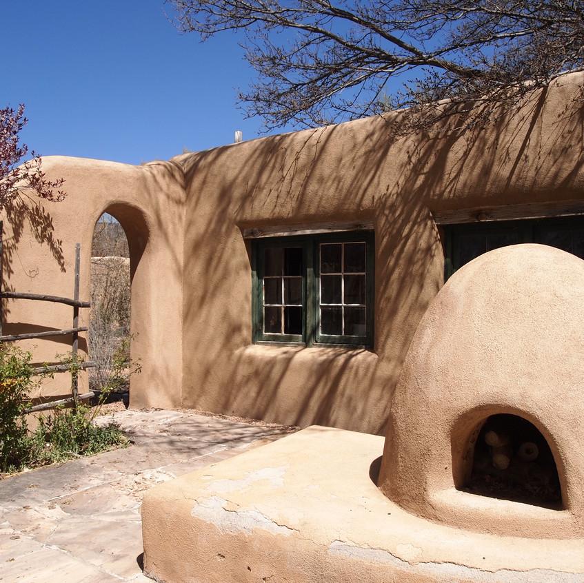 Courtyard oven. yummm