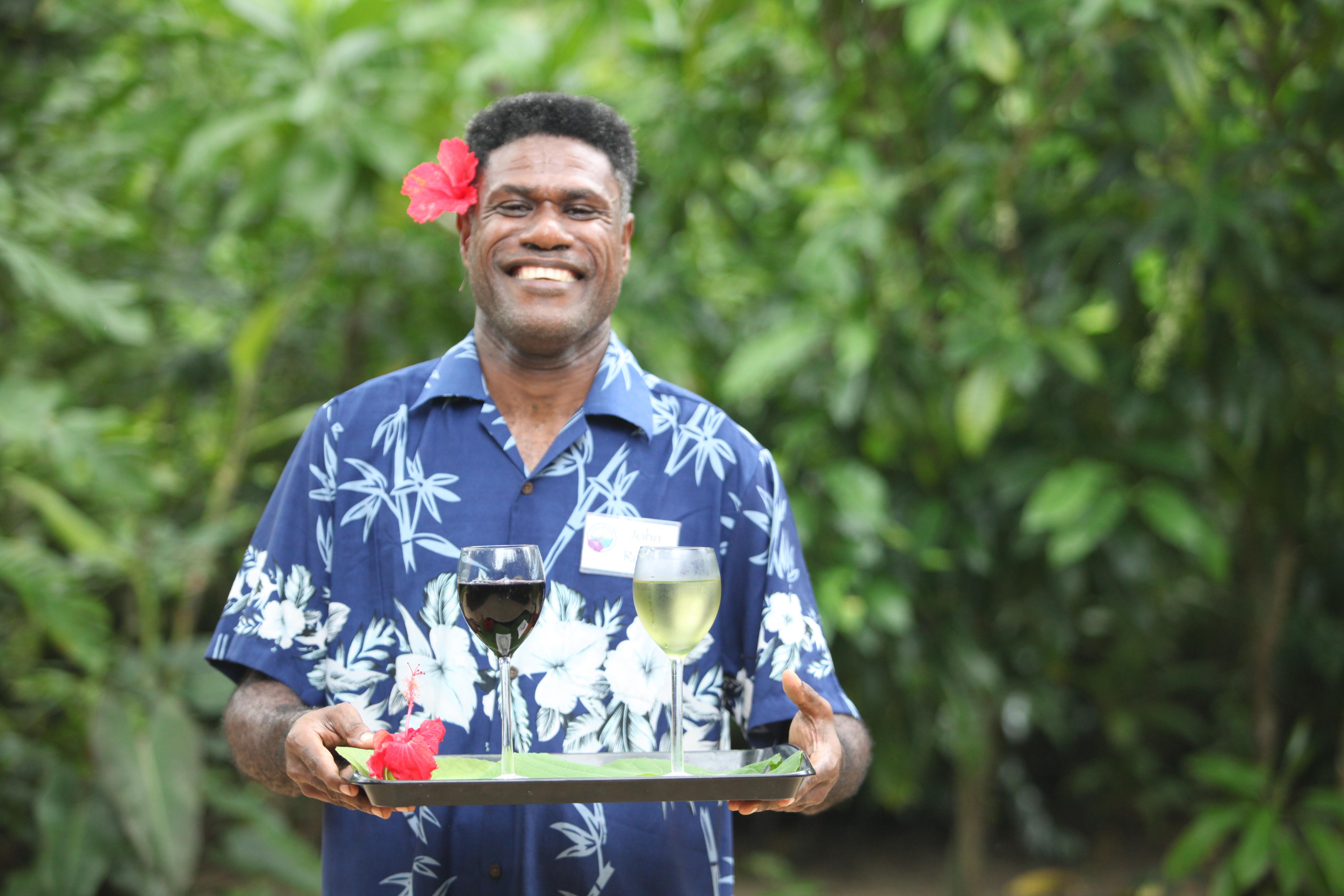 At your service! Vanuatu Smiles
