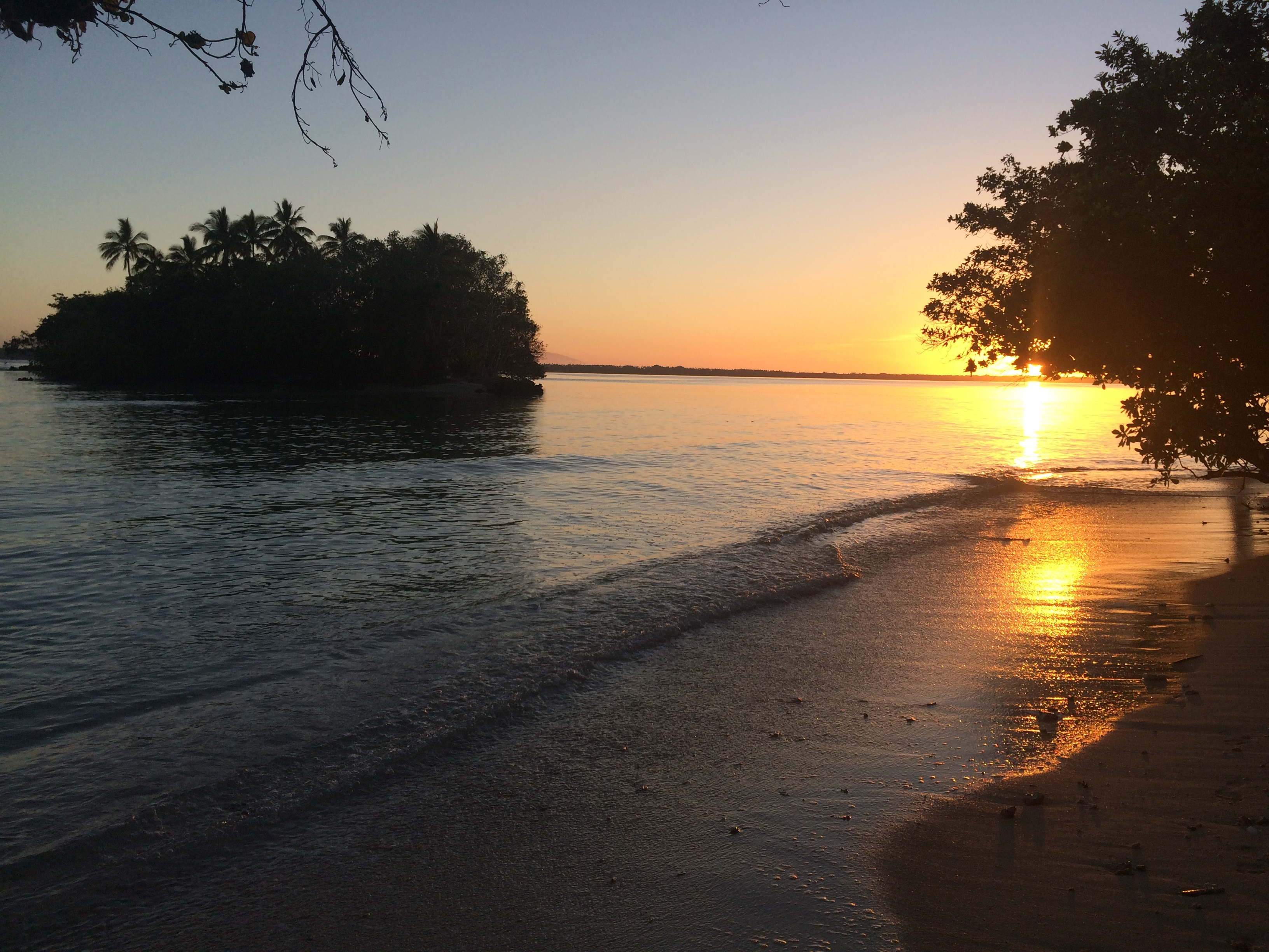 Sunrise Island, Espiritu Santo