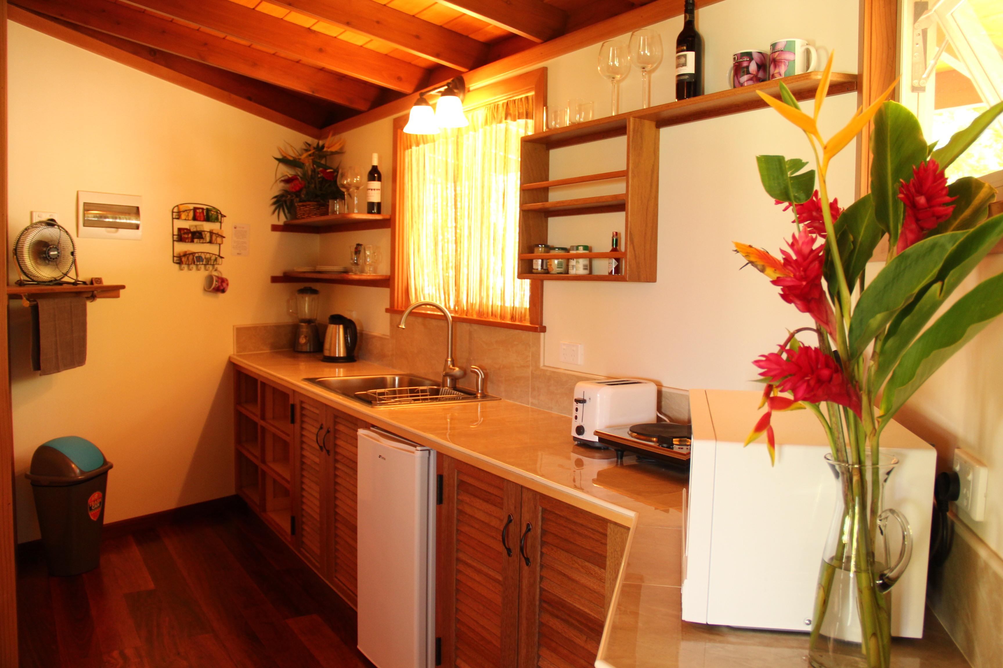 Frangipani kitchen