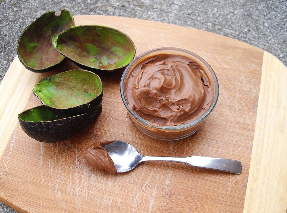 Σοκολατένια μους-αβοκάντο
