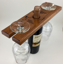 WINE-RELATED GIFTS