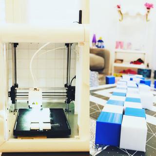 ChristopheDavis-3D-printed-cubes-to-make