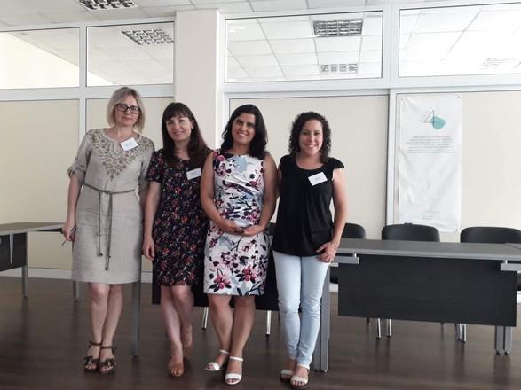 Oksana, Elena, Annesi and Beatriz