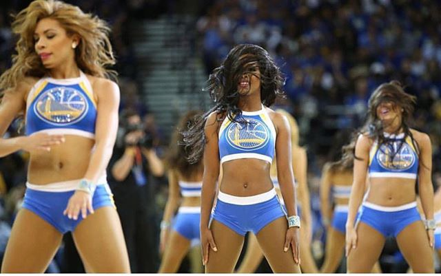 🏀Check out the beautiful tresses on the ladies of the Golden State Warriors Dance Team💛💙💛💙.._ed
