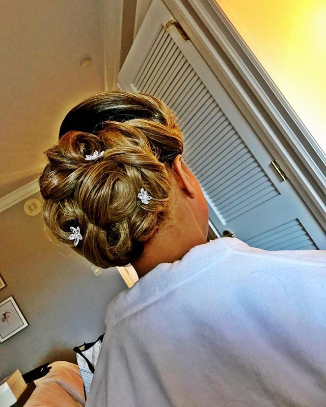 It's Wedding Season! 💍_Hair_ _silverlys  #vanityloungehair #updo #bayareahair #weddinghairbayarea #
