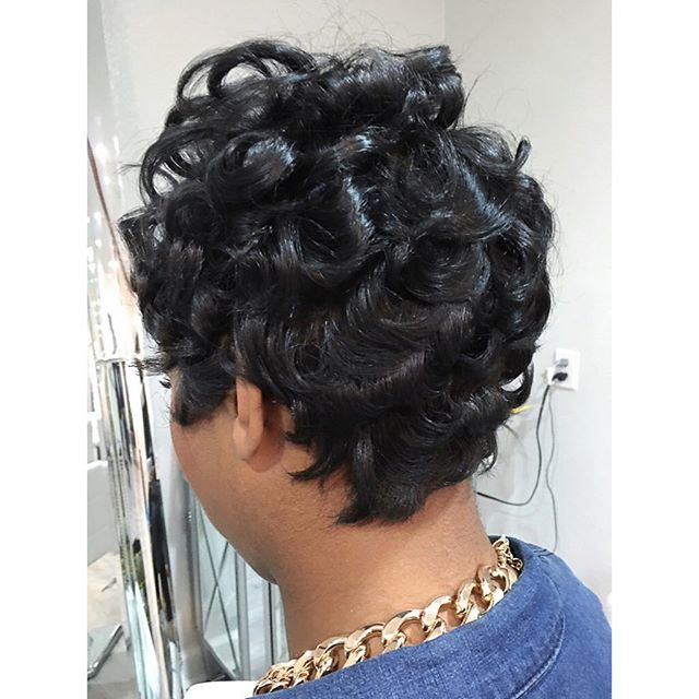 SHES SO VAIN!!💋 Short styles by _glam_dollz #shesovain #bayareahair #bayareastylist #thecutlife