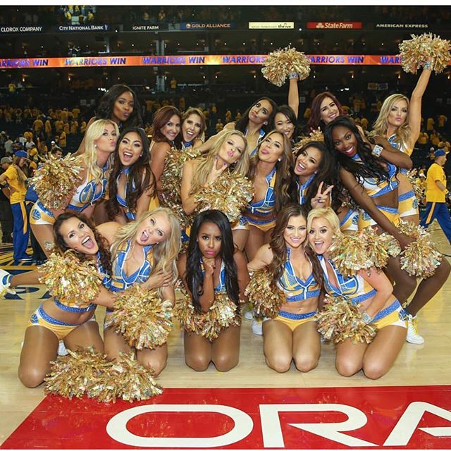 WARRIORS!! 💛💙💛💙 #vanityloungehair #warriors #goldenstate #championship #shesovain #godubs