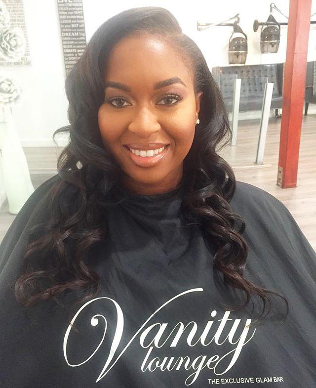 Saturdazeeee! #Shesovain _Makeup_ _tredayy_ _Hair _ _silverlys _#vanityloungehair #bayareabeauty #ba